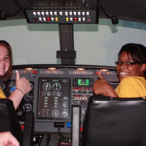 OBAP students 'fly' the simulator